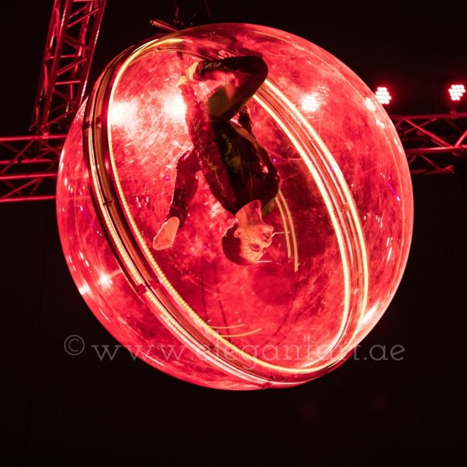 LED sphere act (2)